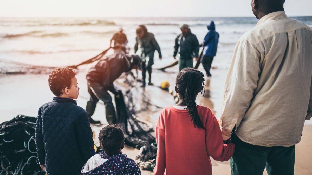 Co zrobić z uchodźcami na granicy?